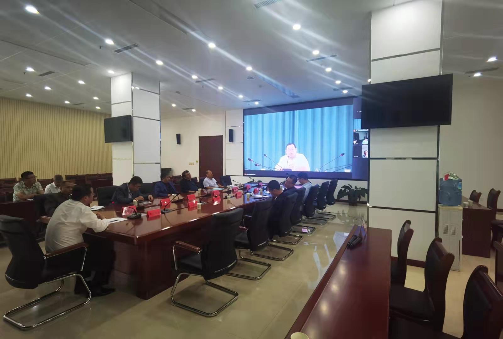 常务副总刘世峰代表公司参加运城市市长质量奖陈述答辩会议
